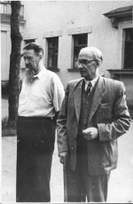 1960 год. Академики И.В. Курчатов и К.Д. Синельников