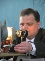 квітень 2009 р. Демонстрація критичного об'єму в ауд. 313, І.Гірка