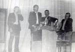 1984 ? год. Выступление СТЭМ. Стоят: Михайлюк Вадим, Омельченко Андрей, Гусев Валерий, Бурлаков Владимир