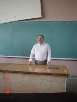 травень 2005 р. М.Р.Бєляєв на зустрічі випускників 1985 року