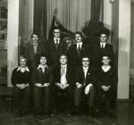 12.12.1979 р. група теоретиків 5 курсу – переможець конкурсу студентських груп ХДУ