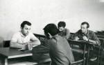 1972 р. Старший викладач кафедри теоретичної ядерної фізики О. Дробаченко приймає іспит