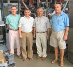 апрель 2006. Слева направо: Кузнецов Ю.К., Елфимов А.Г., Ручко Л.Ф., и Цыпин В.С. на фоне бразильского токамака TCABR