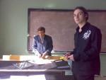 2007-08 навчальний рік. Заняття з загальної фізики веде Ю.В.Сидоренко. В кадрі О.Ю.Крючков
