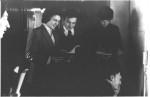1977 р. Студенти С.В.Литовченко, Д.П.Сорокін, І.А.Бандос, С.Г.Фурсов, сидить О.Ф.Целуйко біля 409-ї, де відбувається іспит з матаналізу