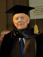 вручення мантії почесного доктора університету Б.Є.Патону