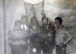 Ноябрь 1985 года. После подписания государственного распределения в главном корпусе ХГУ традиционная фотография с А.Эйнштейном на память: Мильчевский Александр, Исаев Александр, Гаркуша Игорь, Смакограй Вадим, Пивовар Виктор