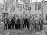 група співробітників ІПФ, м. Суми, по центру – В.І.Мирошниченко